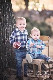 © Gina Burg   Winter Family Photo Session