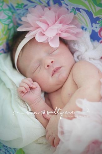 © Gina Burg | Newborn Photographer | Sun And Salty Air